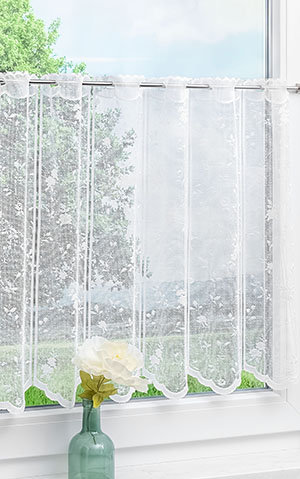 Scheibengardinen im Landhaus-Stil vom Raumtextilienshop