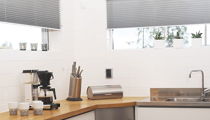 plissee nach ma sensuna plissees und cosiflor plissee rollo im raumtextilienshop. Black Bedroom Furniture Sets. Home Design Ideas