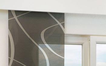 gardinen vorh nge schwarze kreative fensterdekoration. Black Bedroom Furniture Sets. Home Design Ideas