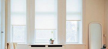 Sichtschutz am Balkon und Blickschutz am Fenster im ...