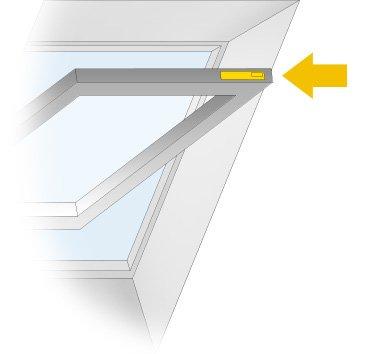 Velux Dachfenster Fliegenschutz : dachfensterrollos sonnenschutz w rmeschutz insektenschutz f r velux roto und braas ~ Watch28wear.com Haus und Dekorationen