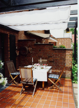 planungshilfen f r terrassenbeschattung mit pergola. Black Bedroom Furniture Sets. Home Design Ideas