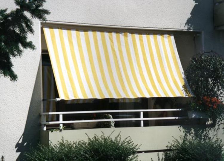 planungshilfen f r ihren balkon sichtschutz mit sonnensegel seilspannmarkise und windschutzwand. Black Bedroom Furniture Sets. Home Design Ideas