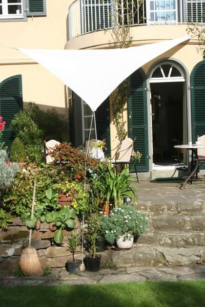 Planungshilfen f r die aufstellung der dreiecksegel im for Garten steine hellweg